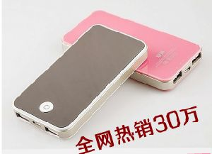 Portable Flat Power Banks, 7800mAh Battery Capacity and USB pictures & photos