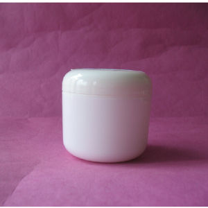 3.3oz Plastic Cream Jar with Dome Lid pictures & photos