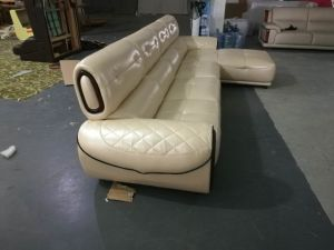 L Shape Leather Sofa, Leather Sectional Sofa, Italian Leather Sofa (662) pictures & photos
