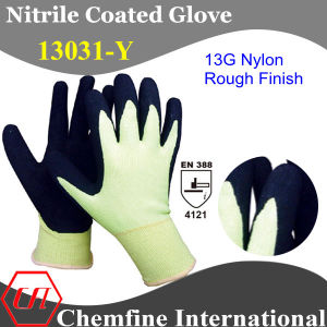13G Green Nylon Knitted Glove with Black Nitrile Rough Coating pictures & photos
