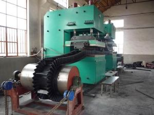 Raised Edge Conveyor Belt Making Machine, Automatic Vulcanizing Press pictures & photos