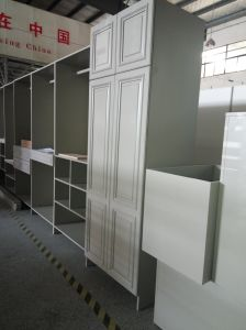 2017 Welbom High Quality Assembled Packing Wooden Wardrobe pictures & photos