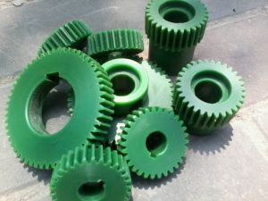 Customized Oil Gear pictures & photos