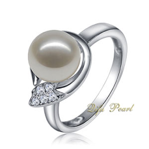 925 Silver Ring with Freshwater Pearl and CZ (HR80422)