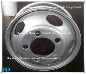 17.50X5.25 Tubeless Rim TBR Truck Steel Wheel with Ts16949/ISO9001: 2000 pictures & photos
