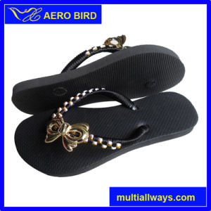 Girls PE Sole Flip Flops with Straps Decoration pictures & photos