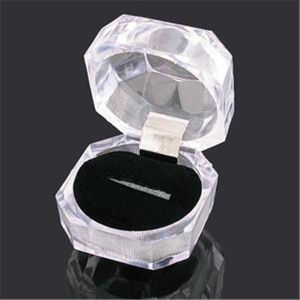 Wholesale Acrylic Ring Display Box Storage Organizer Gift Package Carrying Case Transparent pictures & photos