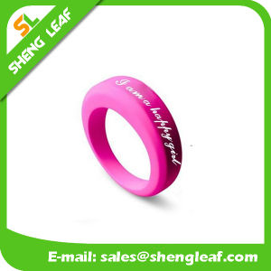 Personalized Fashion Advertising Colorful Silicone Finger Rings (SLF-SR018) pictures & photos