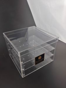 High Grade Acrylic 3 Tier Flower Container Plastic Rose Box pictures & photos