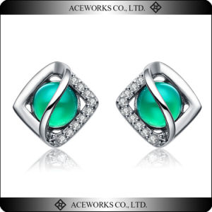 Custom Green Color Cteated Gemstone Silver Fashion Earring