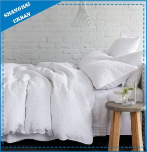 Premium Cotton Quilted Duvet Cover Bedding Set pictures & photos