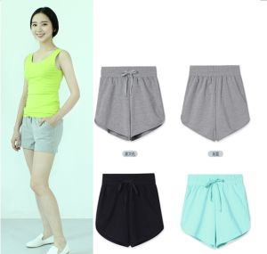 OEM Women Summer Clothing 2015 New Fashion Sports Short Trousers pictures & photos
