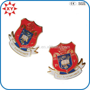 Wholesale Free Mold Enamel Personalized Lapel Pins pictures & photos