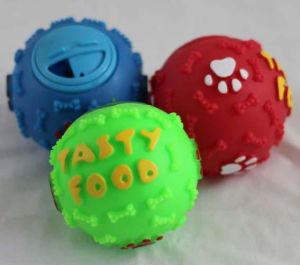 Hot Sale Top Quality Factory Outlet Pet Snack Ball pictures & photos
