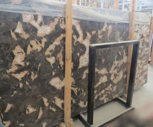 Golden Butterfly Marble Slabs and Floor /Wall Tiles pictures & photos