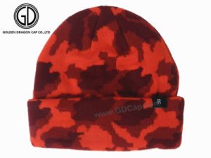 Wholesale Acrylic Custom Knitted Winter Reversible Beanie Hat pictures & photos
