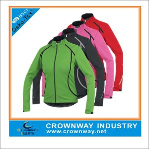 Men′s Polyester Waterproof Sports Softshell Jacket with Mixed Color pictures & photos