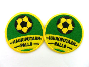 Create Small Iron on Soccer Patches pictures & photos