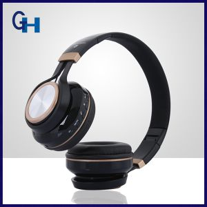 Promotional Christmas Gift Foldable Stereo Bluetooth Headset with MP3 Player