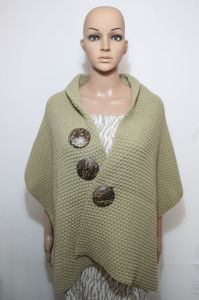Lady Coconut Button Fashion Acrylic Knitted Scarf Shawl (YKY4424-2) pictures & photos