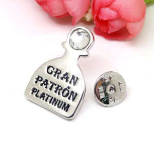Factory Metal Alloy Customized Name Logo Brooch Wholesale pictures & photos