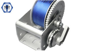 2500lbs Hand Winch with Cable