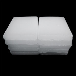 Hot Sale Fully Refined Paraffin Wax 54#-62# pictures & photos