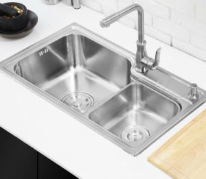 Kitchen Stainless One Piece Forming Sink (7845L) pictures & photos