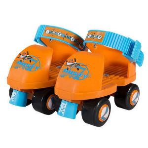 Plastic Roller Skate for Small Kids with Hot Sales (YV-IN006-K) pictures & photos