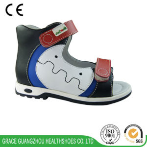 Grace Ortho 2016 Children Health Sandal pictures & photos