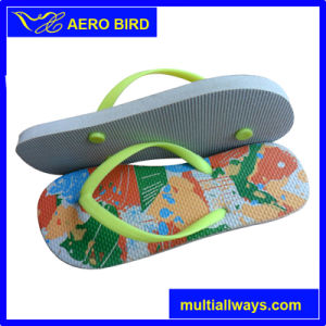 Stripe Print Cute Girls PE Outsole Flip Flops pictures & photos