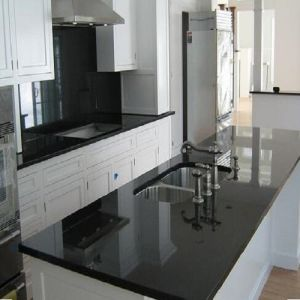 China Polished Black Granite G684 Granite Slabs for Kitchen Countertops pictures & photos
