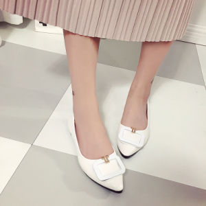 2017 New Korean Fashion Shoes Leather Shoes Tip Size Shallow Mouth with Flat Shoes pictures & photos
