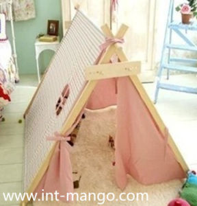 Indian Teepee Children Playing Tents with Wooden Pole (MW6010) pictures & photos