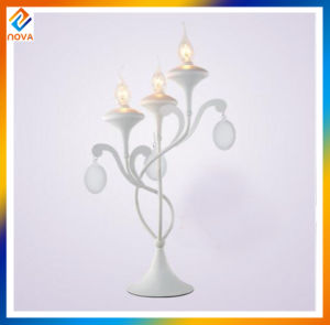 Traditional Metal Antique White Table Lamp pictures & photos