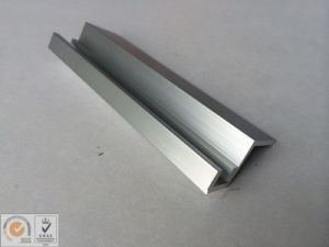 Sliver Anodized Aluminium Extrusion pictures & photos