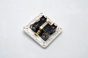 Pakistanian Series Ce/TUV Certified EU Standard One Gang Wall Switch pictures & photos