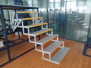 7-Step Ladder Aluminum Folding Ladder for Bus pictures & photos