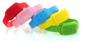 Waterproof Effective Baby Silicone Mosquito Wristband with Citronella Oil pictures & photos
