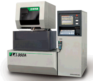 New: CNC Brass Submerge Wire-Cut EDM (Closed Loop Digital Control System) (LA500A) pictures & photos