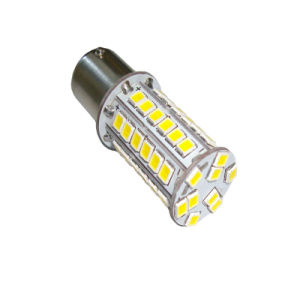New 2835SMD LED Auto Reverse/Turn/Brake Lamp (T20-B15-051W2835) pictures & photos