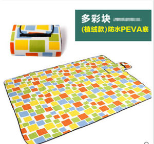 Wholesale Colorful Squares Microfiber PEVA Pincnic Blanket pictures & photos