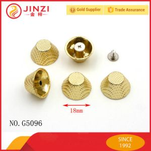 Various Type and Color Eco-Friendly Material Zinc Alloy Spike Studs pictures & photos
