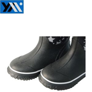 Star Printing Neoprene Waterproof Rain Boots for Children pictures & photos