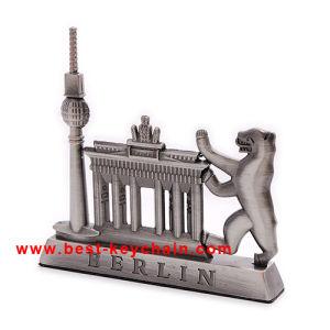 Custom Design Gift Metal Souvenir Paperweight (BK53378) pictures & photos