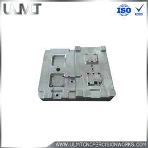 Small Tag Plastic Injection Mold Customized Parts pictures & photos