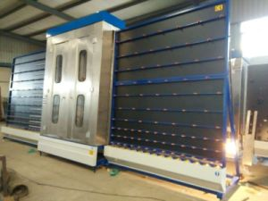 Glass Cleaning Machine- Vertical Glass Cleaning Machine pictures & photos