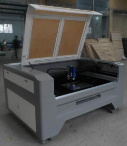 High Power CNC Laser Cutter with Live Focus for Metal pictures & photos