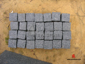 Green Granite Tile Cobblestone / Paving Stone / Kerbstone pictures & photos