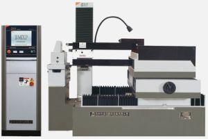 CNC Wire Cut EDM (DK7780) pictures & photos